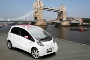 «Чистые» автомобили Лондона получат сеть зарядных станций.